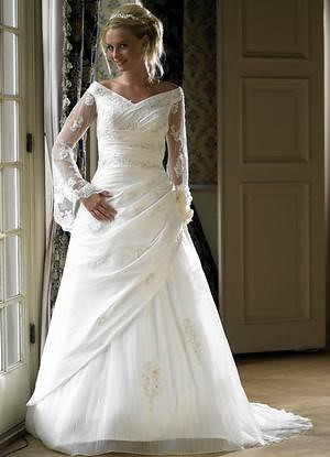 strapless bridal gowns with lace sleeves
