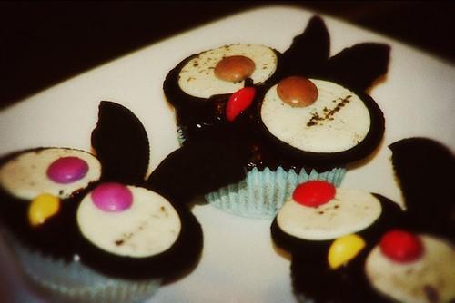 5.3 Creatrish - Hootin' Cupcakes