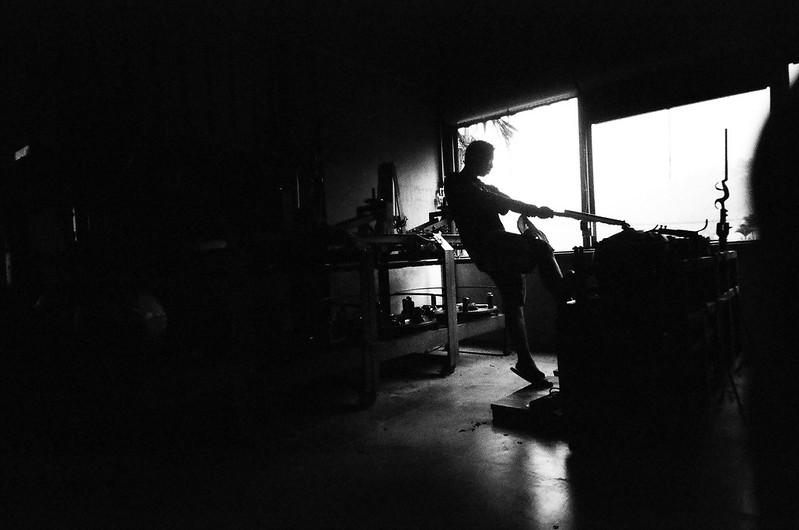 梅山製茶廠 黑白底片 LOMO低光調剪影
