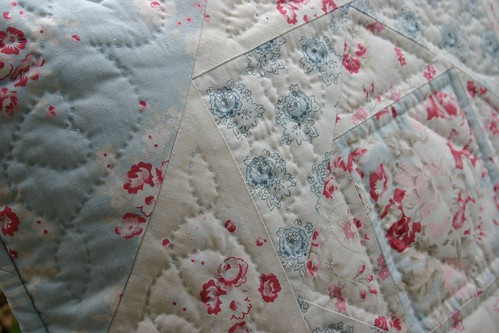 Tea Rose Cushion - hand quilting detail