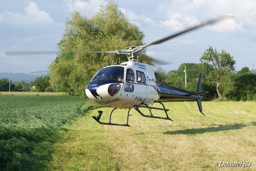 Baptême d'hélicoptère @ Lempdes le 28/05/2012 7172407819_e8ca18c96e_b