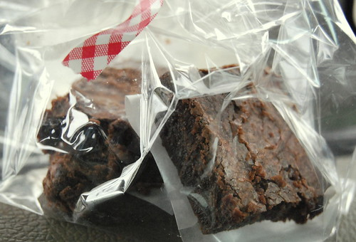 Easy Fudgy Brownies-001