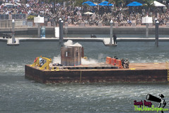 Barge-Explosion