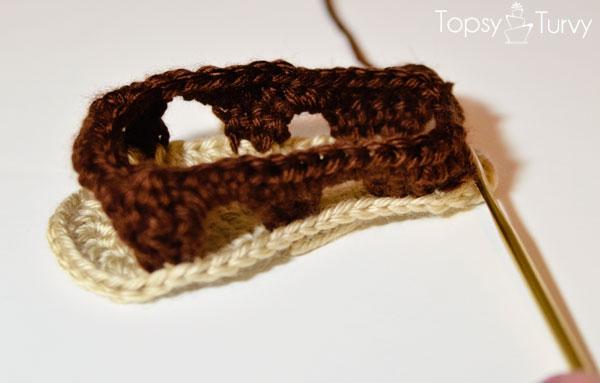 crochet-baby-sandals-row-2