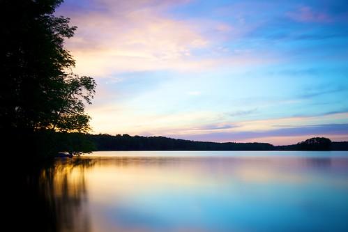 longexposure pink blue trees sunset sky lake ontario canada water silhouette yellow clouds evening dusk nd crowe neutraldensity 10stop bigstopper