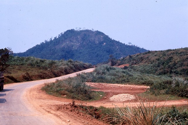 Dong Ha 1967 - Road to Camp Carroll