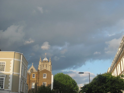 Grey Skies and Sunshine in Notting Hill
