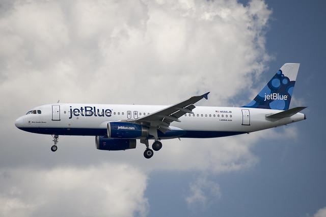 N566JB  Airbus A320-232  JBU  KDCA  20120615