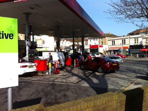 15:30 #panic. Or not? Perfectly normal at Texaco/Co-op on Glos Road too? by benparkuk