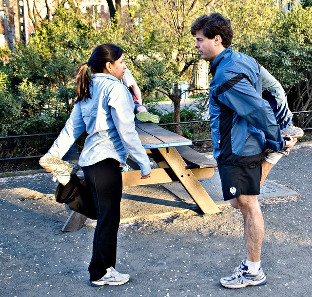 20120330-Jogger courtship dance DSC_0914-2.jpg