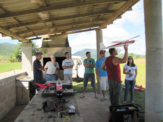 Vôos no CAAB e Vôo de Lift no Morro da Boa Vista 6890649038_fc66b3eb83_z
