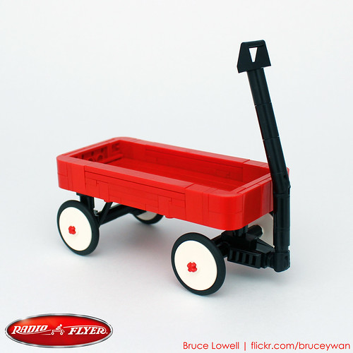 LEGO Radio Flyer Classic Red Wagon