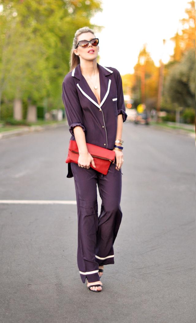 ari dein pajamas -pajama dressing