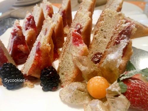 27.almond berry cake