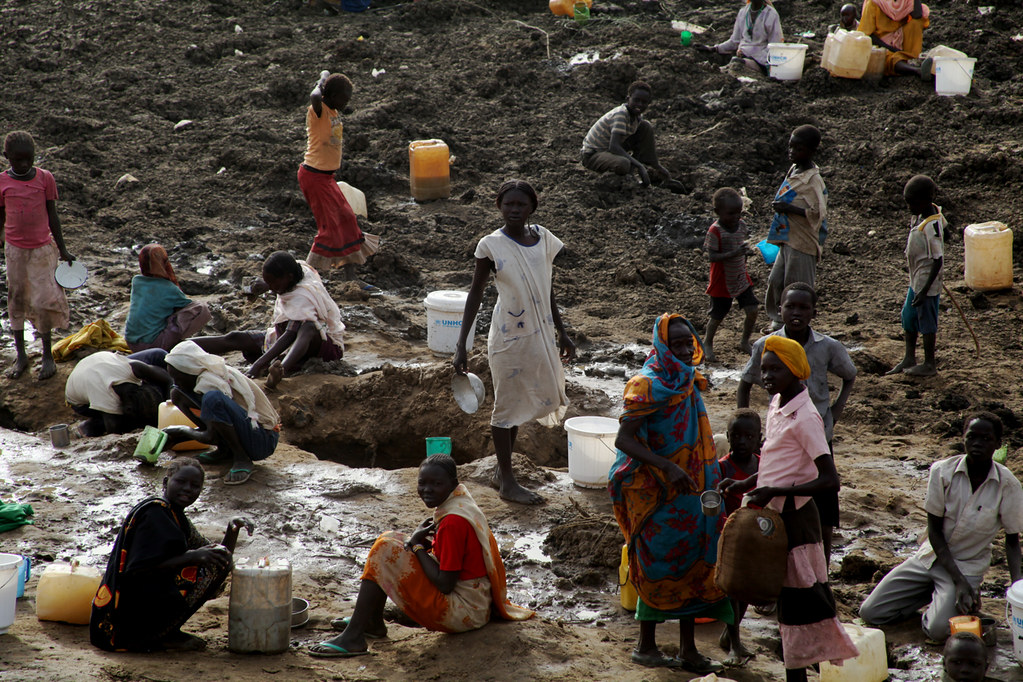 nuer refugees from sudan June 21, 2018 (kampala) - the united nations refugee agency (unhcr) has condemned the ethnic violence in a south sudan refugee settlement in northwestern uganda that left four people dead.
