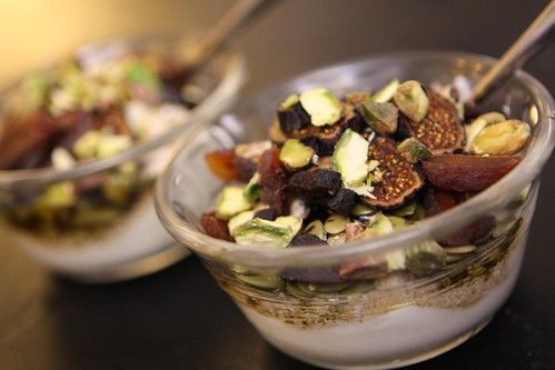 High Potassium and Calcium Dessert (Yogurt with Oat Bran, Molasses, Honey, Pistachios, Dried Apricot, and Dried Figs)