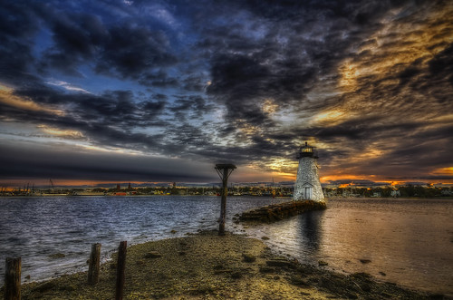 ocean light sea lighthouse birdcage sunrise ma harbor glow pentax massachusetts newengland historic indians fairhaven dartmouth hdr k5 shearman newbedford 1849 palmersisland tonemapped williamsherman hurricanewall kingphilipswar acushnetriver williampalmer trigphotography frankcgrace