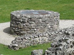 Roman Town House - Dorchester - exposed ruins - well