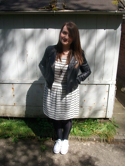 topshop biker jacket, uk blogger, plus size, striped dress