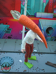 "DARK HORSE COMICS::   ""Flaming Carrot"" Action Figure iv(( 1999 ))"