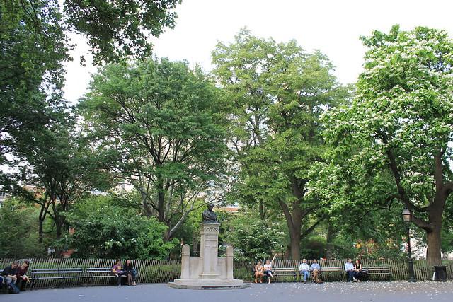 Washington Square Park, Saturday morning