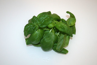 07 - Zutat frisches Basilikum / Ingredient fresh basil
