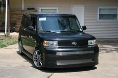 automobile, automotive exterior, van, sport utility vehicle, wheel, vehicle, toyota bb, rim, scion, scion xb, bumper, land vehicle, luxury vehicle,