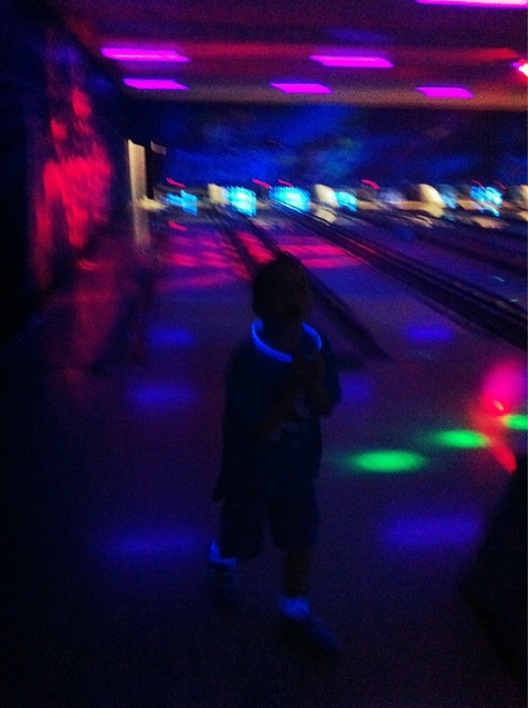 Angry Kid bowling