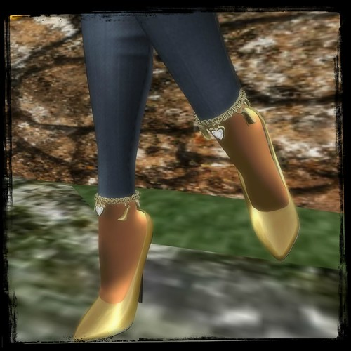 **SD** Gold Stiletto Pump Heel RGB BOXED (Midnight Mania) by Cherokeeh Asteria