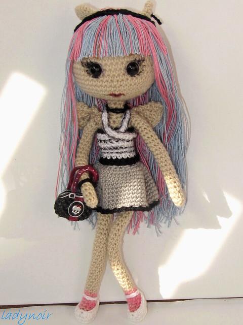 Amigurumi Monster High : Rochelle Goyle crocheted version Flickr - Photo Sharing!
