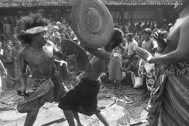 image of Mekare-kare / Perang Pandan (pandanus war) in monochrome