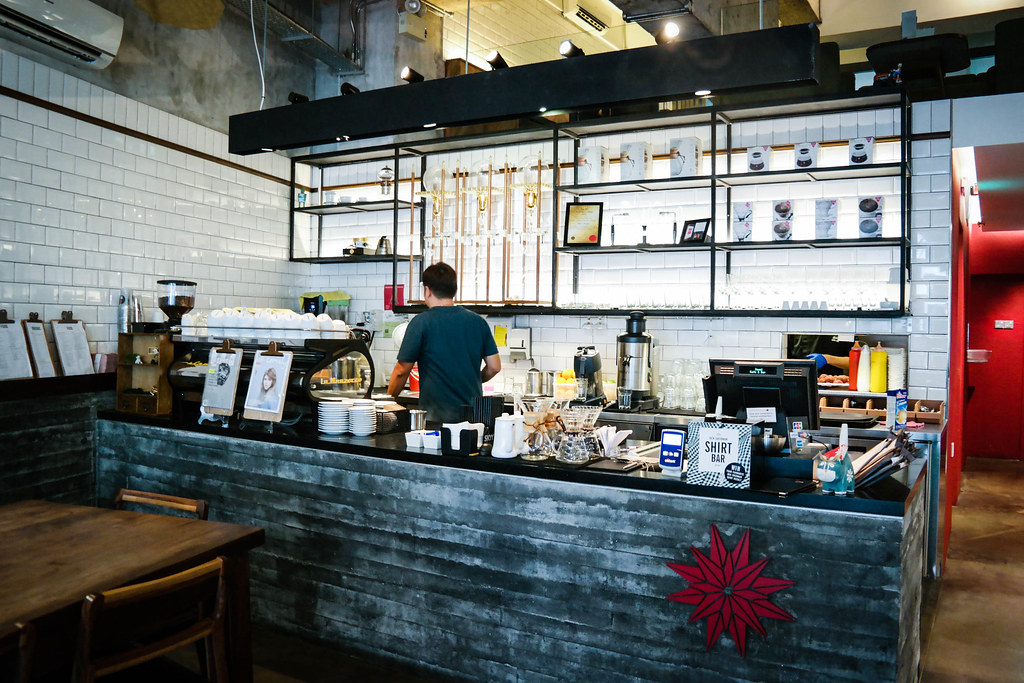 Jewel Cafe & Bar: Kitchen