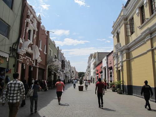 Trujillo: el Paseo, rue piétonne