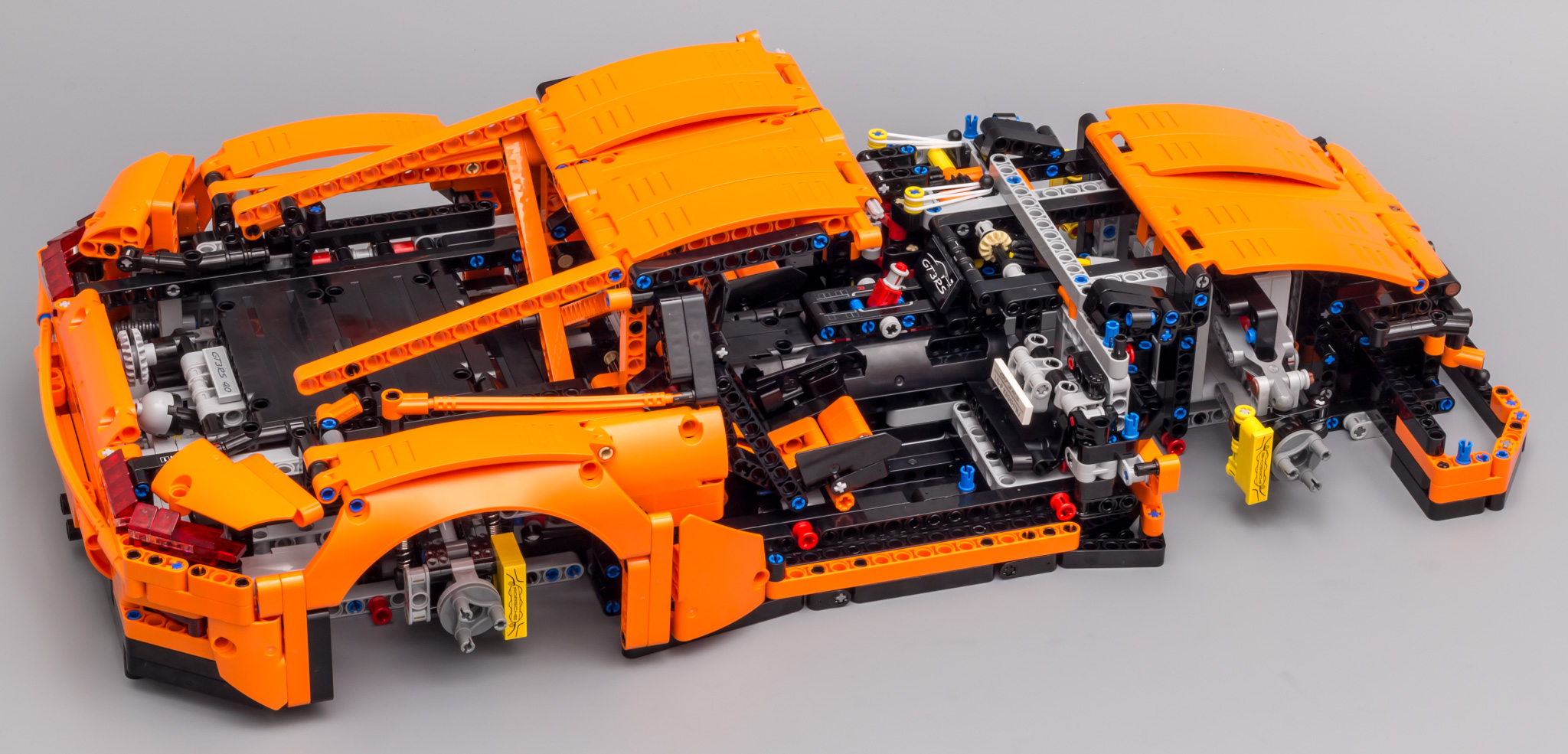 review 42056 porsche 911 gt3 rs lego technic. Black Bedroom Furniture Sets. Home Design Ideas