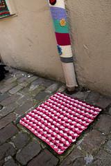 Yarn bombing Besançon 61