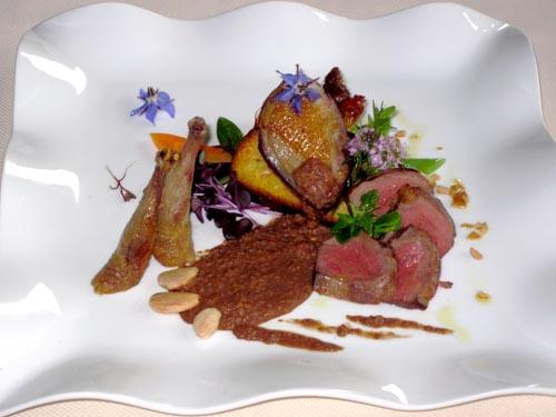 Piccione in salsa di mandorle e vino rosso di Guido Lotti