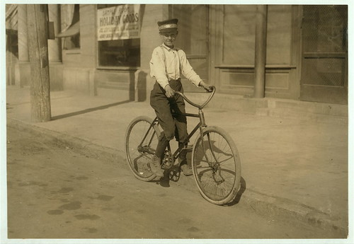 Shreveport Bicycle Messenger (1913)