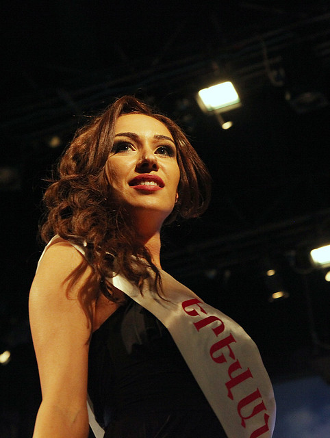 Anna Arakelyan Crowned Miss Armenia 2012