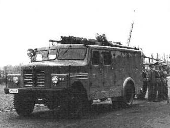 SR 104 Autopompa cisterna pentru stins incendii