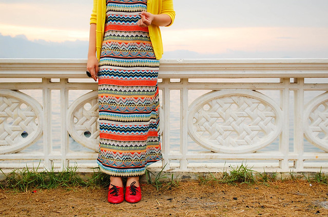 This Dress And This Cardigan And This Loafers To The Beach