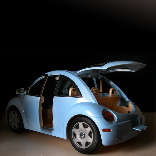 Barbie™ Volkswagen® New Beetle®