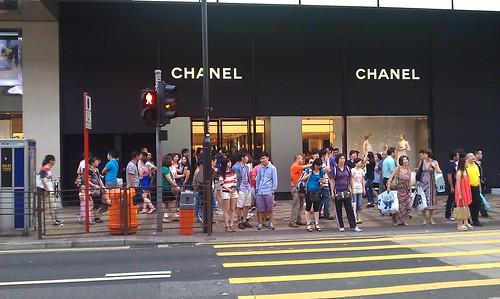 CHANELの前の行列 香港