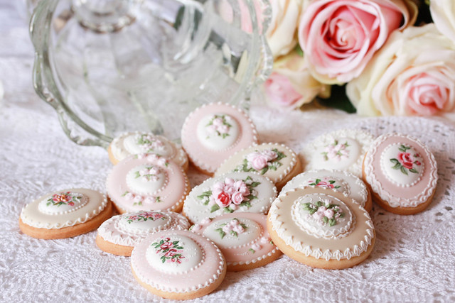 Royal icing cookies for Mother's Day