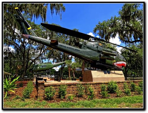 aircraft huey helicopter hdr highdynamicrange veterans vietnamvet vietnamveterans americaamerica vietnamvets hueycobra colorphotoaward bestthebest hueycobragunship