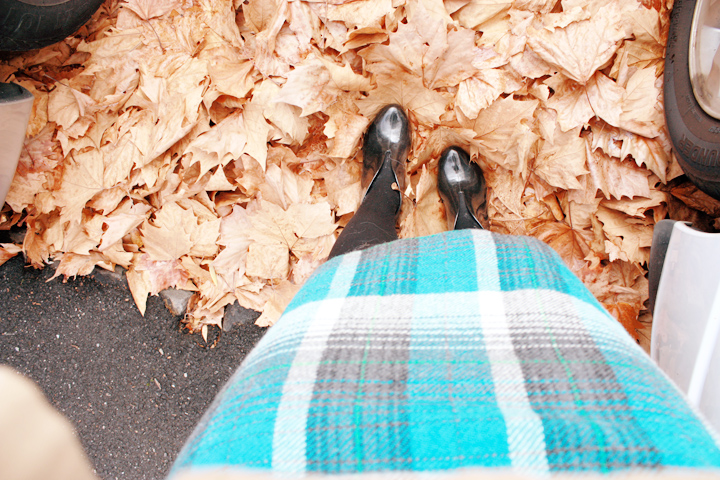 blue plaid cape c