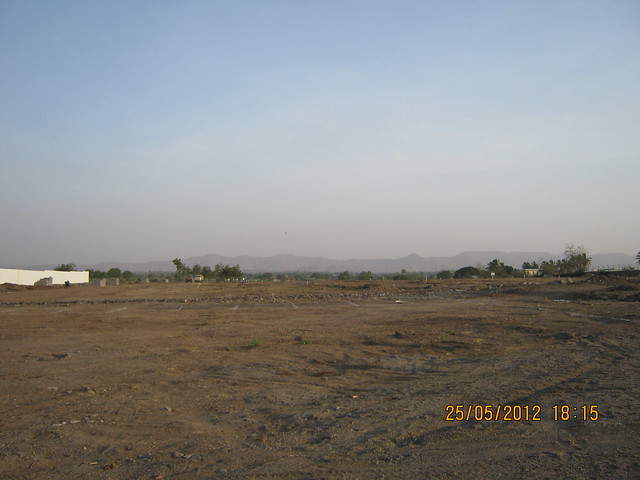 20 acre site - Visit Gagan Akanksha, 1 BHK 1.5 BHK & 2 BHK Flats near  Prayagdham, at Koregaon Mul, Uruli Kanchan, off Pune Solapur Highway, Pune 412202