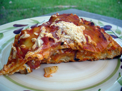 2012-05-26 - Lasagna Pizza (Slice) - 0001