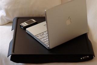 accesorios-para-trabajar-desde-la-cama