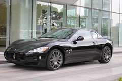 automobile(1.0), automotive exterior(1.0), maserati(1.0), wheel(1.0), vehicle(1.0), performance car(1.0), automotive design(1.0), maserati granturismo(1.0), land vehicle(1.0), luxury vehicle(1.0), coupã©(1.0), supercar(1.0), sports car(1.0),