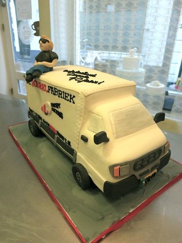 3D Delivery Truck Cake by CAKE Amsterdam - Cakes by ZOBOT